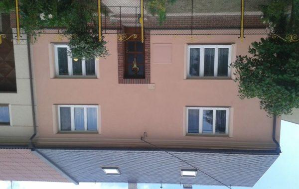 Zateplení fasády, zemní práce Huzová
